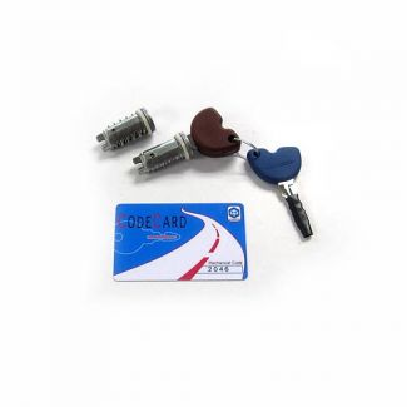 Vespa Lock Set - 2 Tumblers w/Immobilizer Chip