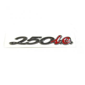 Badge Chrome 250ie